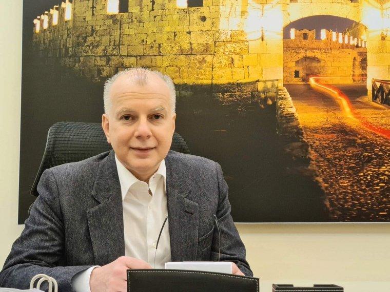 Μήνυμα του Δημάρχου Ρόδου Αντώνη Καμπουράκη προς τις Υποψήφιες και τους Υποψήφιους των Πανελλαδικών Εξετάσεων 2020