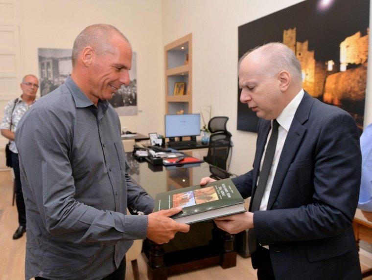 Συνάντηση του Δημάρχου Ρόδου Αντώνη Καμπουράκη με τον Γραμματέα του ΜέΡΑ25 Γιάννη Βαρουφάκη