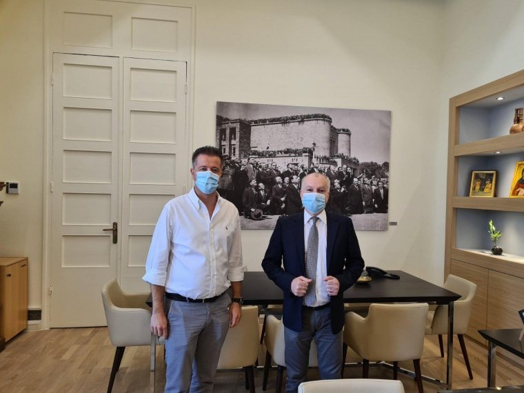 Συνάντηση Δημάρχου με τον Πρόεδρο της Πανελλήνιας Ομοσπονδίας Ξενοδόχων