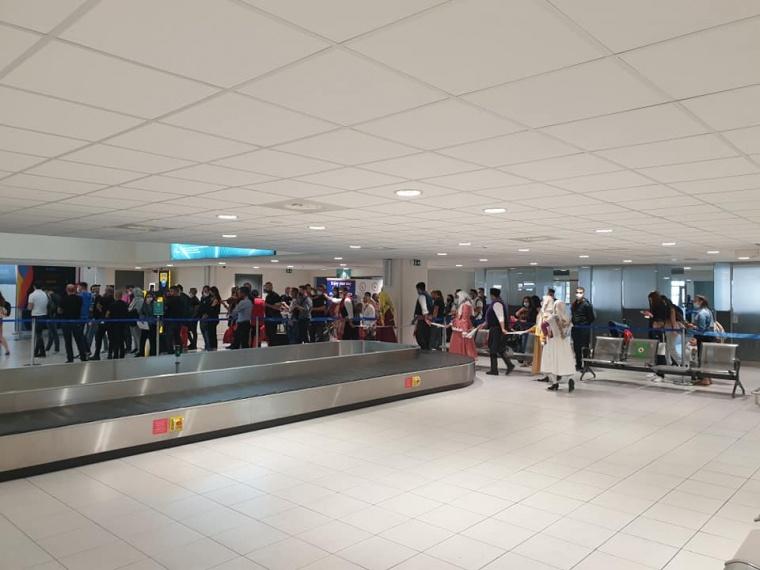 Καλωσορίσαμε σήμερα στο αεροδρόμιο «Διαγόρας» τους πρώτους τουρίστες